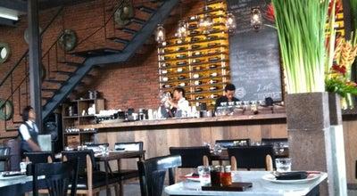 Photo of Asian Restaurant Mama San Kitchen Bar & Lounge at Jalan Raya Kerobokan No. 135, Badung 80361, Indonesia