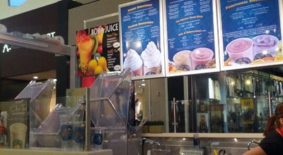 Photo of Smoothie Shop Surf City Squeeze at 1 Southland Mall,, Hayward, CA 94545, United States