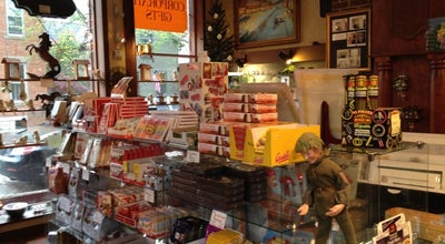 Photo of Candy Store Schmidt's Fudge Haus at 220 E Kossuth St, Columbus, OH 43206, United States