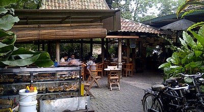 Photo of Asian Restaurant Toko You at Jl. Hasanudin No. 12, Bandung 40132, Indonesia
