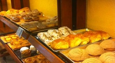 Photo of Bakery El Globo at Plutarco E. Calles, Mexico City, Mexico