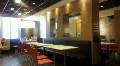 Photo of Fast Food Restaurant McDonald's at 192 Rue De La Convention, Paris 75015, France