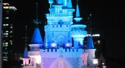 Photo of Theme Park 롯데월드 매직아일랜드 (Lotte World Magic Island) at 송파구 삼학사로 136, 서울특별시 05554, South Korea