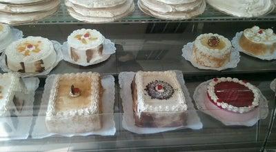 Photo of Bakery Panadería y pastelería El Pueblo at Tarapacá 763, Iquique, Chile