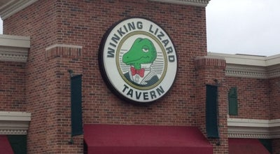 Photo of Wings Joint Winking Lizard Tavern at 5710 Fulton Dr Nw, Canton, OH 44718, United States