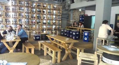 Photo of Beer Garden Barley Cargo at Κολοκοτρώνη 6, Αθήνα 105 62, Greece