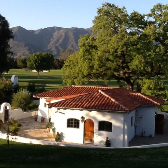 Photo taken at Ojai Valley Inn & Spa by Timothy H. on 4/8/2012