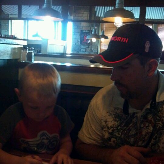 Photo taken at Chili's Grill & Bar - Closed by Candy G. on 5/9/2012