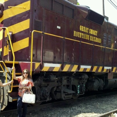 Photo taken at Great Smoky Mountain Railroad by ke k. on 7/30/2012