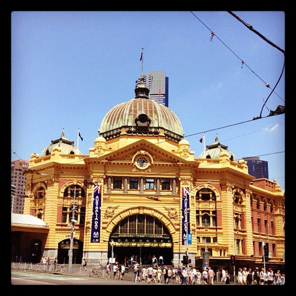 Places To Visit In Melbourne In August: Flinders Street Station