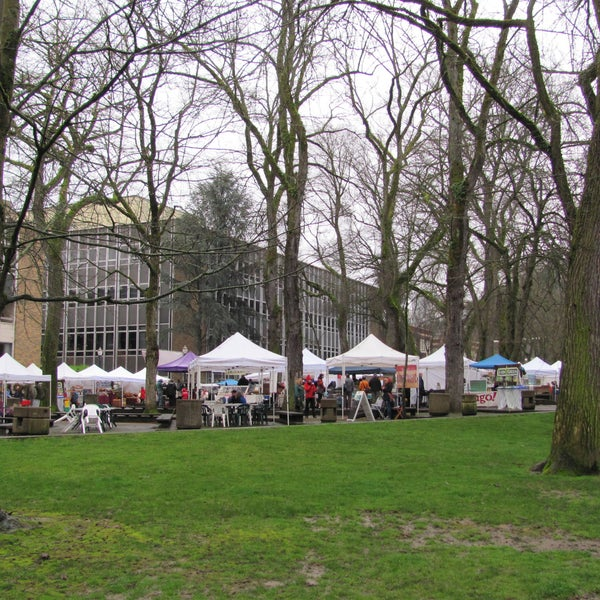 From delicious breakfast biscuits to incomparable Oregon goat cheese, the Farmer's Market held on the PSU campus is a-must for serious and not-so-serious food aficionados. Don't leave empty handed!