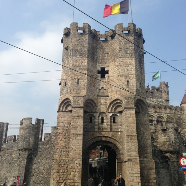Photo taken at Gravensteen / Castle of the Counts by Energetic  GOD on 4/4/2013