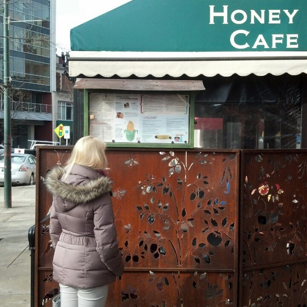 Photo taken at Tupelo Honey Cafe by Sera L. on 3/30/2013