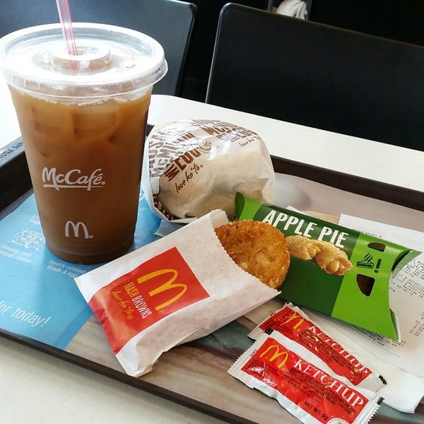 Photo taken at McDonald's by Penny T. on 8/1/2015