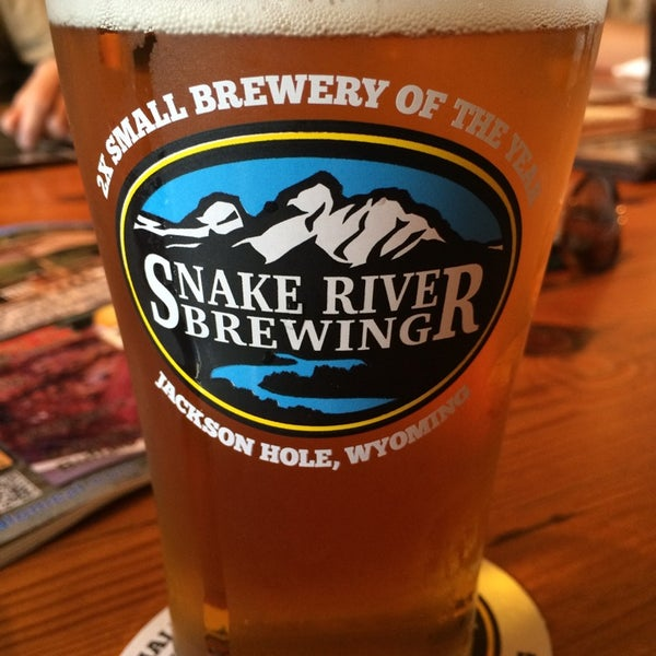 Photo taken at Snake River Brewery & Restaurant by Joshua H. on 7/5/2014