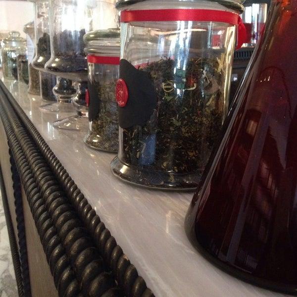 Serengeti Teas Amp Spices Tea Room In Central Harlem