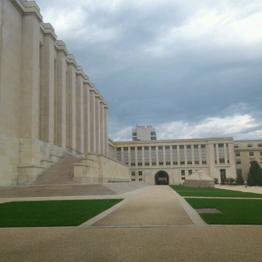 Photo taken at Palais des Nations by Kenny M. on 9/25/2012