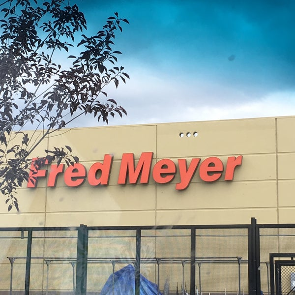 Photo taken at Fred Meyer by Wes S. on 8/24/2016