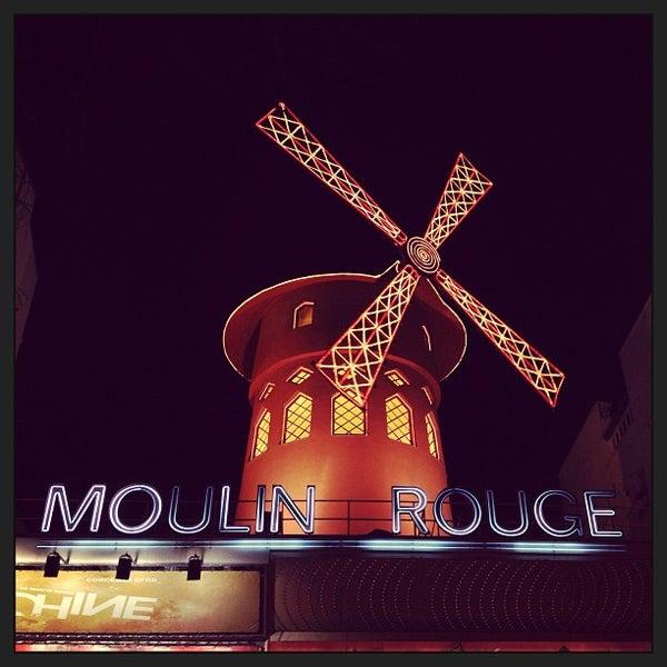 Photo taken at Moulin Rouge by Essecigi on 1/26/2013