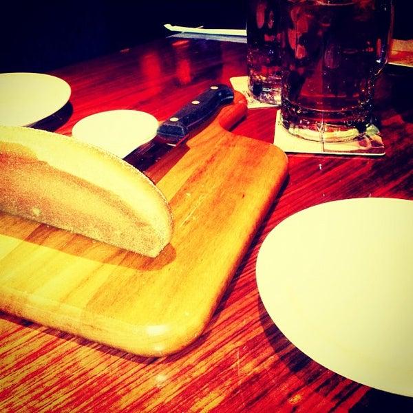Foto tirada no(a) Outback Steakhouse por Luiza T. em 10/7/2012