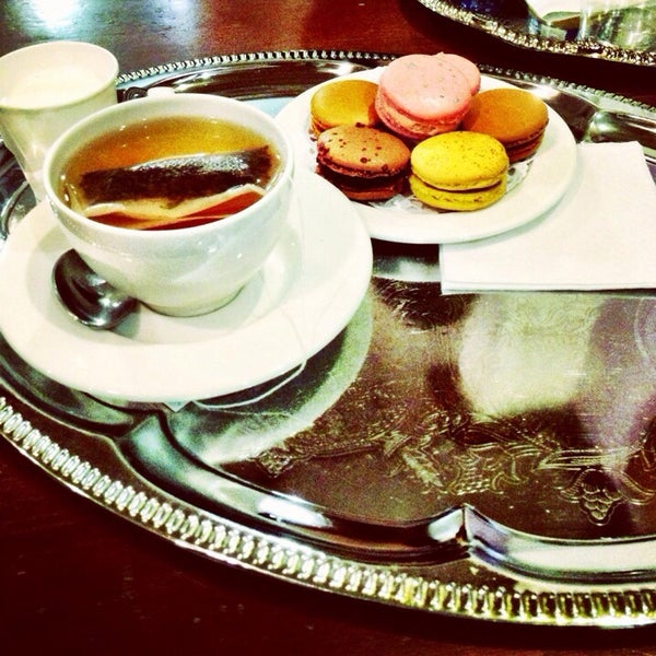 Photo taken at La Maison du Macaron by Dilek K. on 5/7/2014