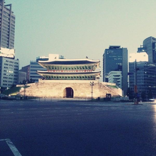 Photo taken at 숭례문 (崇禮門, Sungnyemun) by Ciel K. on 6/2/2013