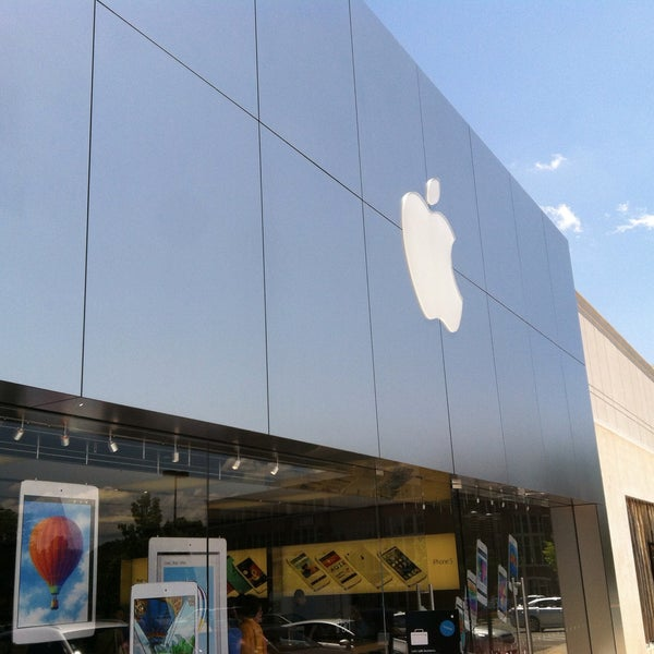 Photo taken at Apple Store, Friendly Center by Jonathan H. on 5/12/2013