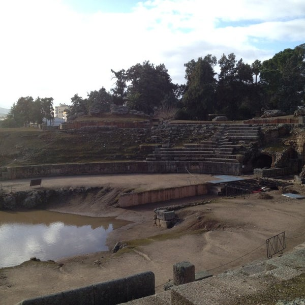 Photo taken at Anfiteatro Romano by Jh P. on 12/26/2013