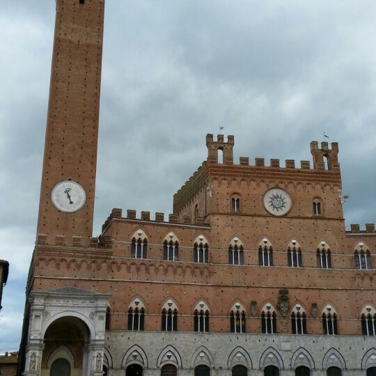 Photo taken at Siena by Helena G. on 3/5/2014