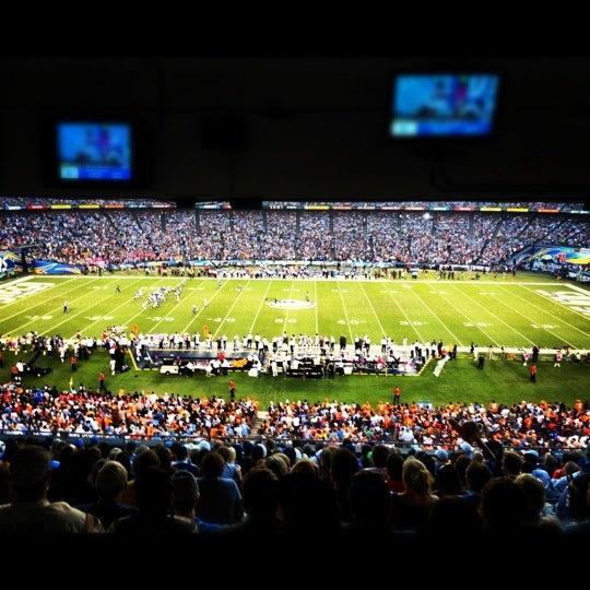Photo taken at Qualcomm Stadium by Jin H. on 10/16/2012