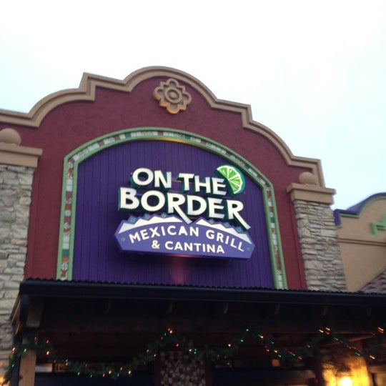 Thanksgiving Margaritas: On The Border Mexican Grill & Cantina