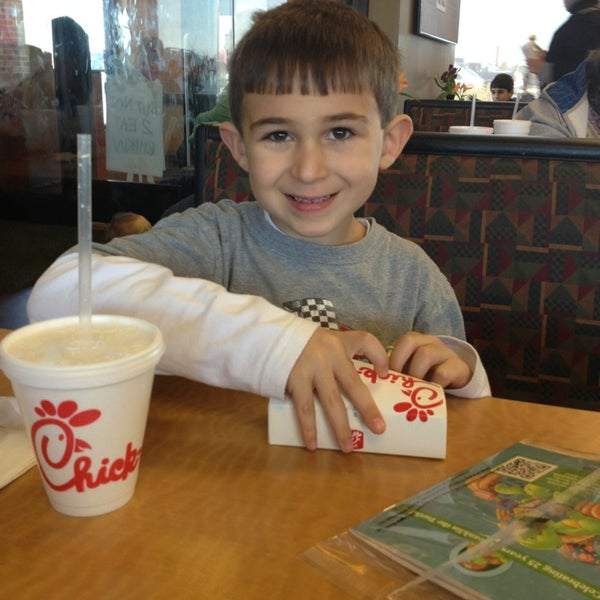 Photo taken at Chick-fil-A by Dino P. on 1/7/2013