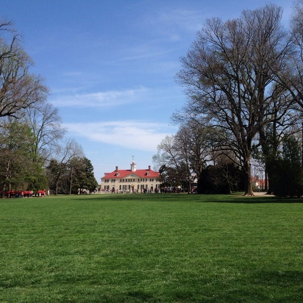 Photo taken at George Washington's Mount Vernon Estate, Museum & Gardens by Nicholas U. on 4/11/2014