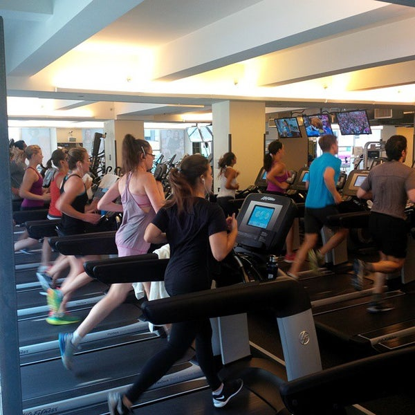 Photo taken at Equinox Tribeca by Kevin S. on 8/29/2015
