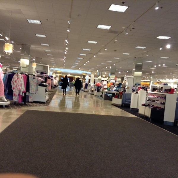 Photo taken at Nordstrom Somerset Collection by Yan T. on 1/22/2014