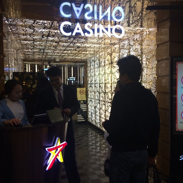 Photo taken at Seven Luck Casino by mai on 11/22/2014