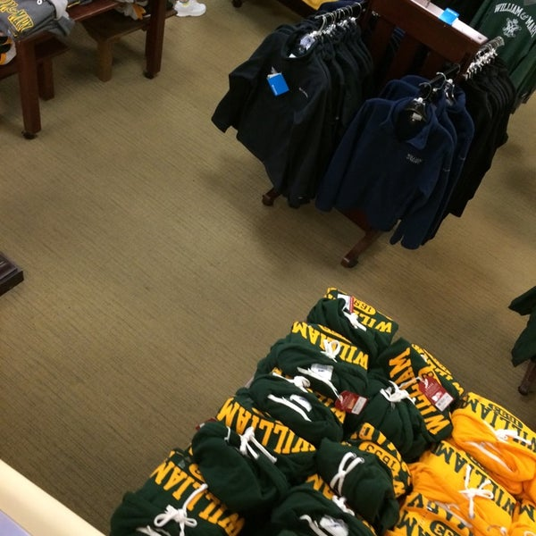 Photo taken at College of William & Mary Bookstore by Chuck N. on 10/7/2014
