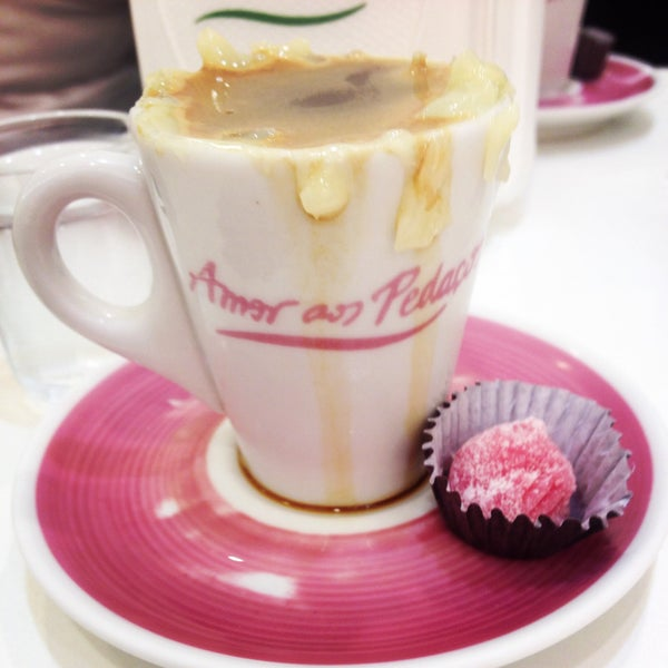 Bolos de sorvete muito bons e o café cocadinha é café e sobremesa ao mesmo tempo