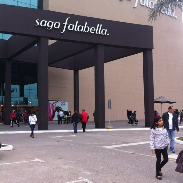 Saga falabella gran tienda en santiago de surco for Saga falabella catalogo