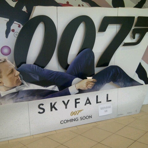 Photo taken at Big Cinemas by Muhammad Najmi Z. on 10/31/2012