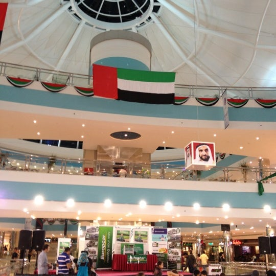 Photo taken at Mushrif Mall | مشرف مول by Kent E. on 12/13/2012
