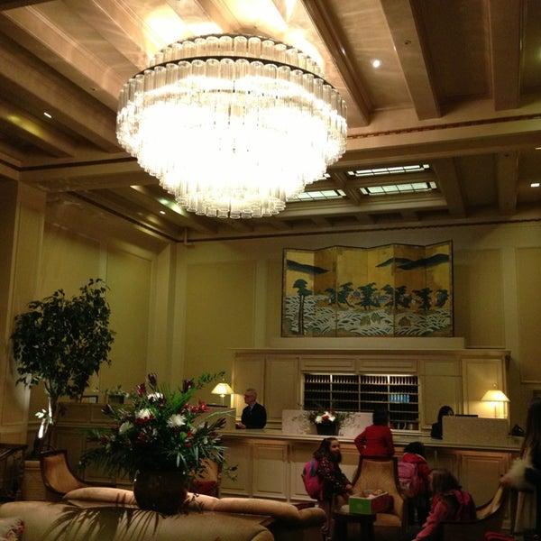 mayflower park hotel hotel in seattle. Black Bedroom Furniture Sets. Home Design Ideas