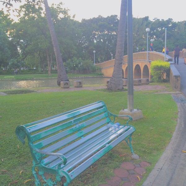 Photo taken at สวนสมเด็จพระนางเจ้าสิริกิติ์ฯ (Queen Sirikit Park) by Dreammy S. on 8/14/2015
