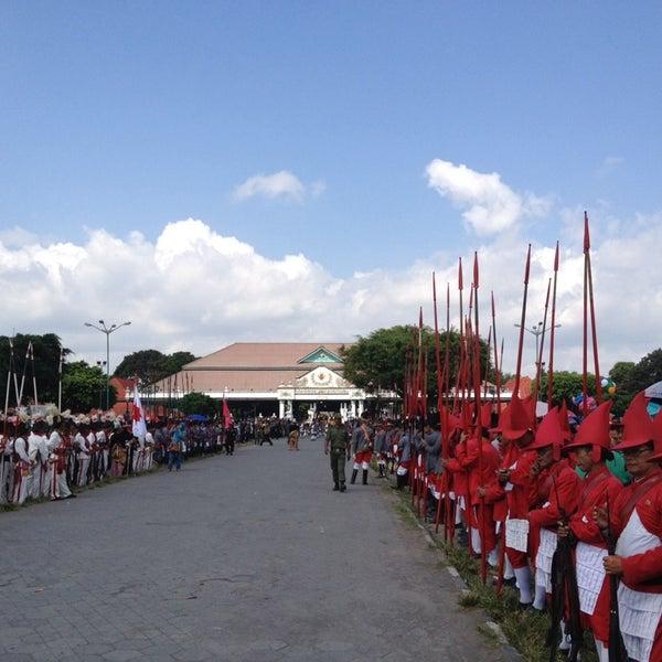 Photo taken at Alun - Alun Lor by Didik H. on 7/29/2014