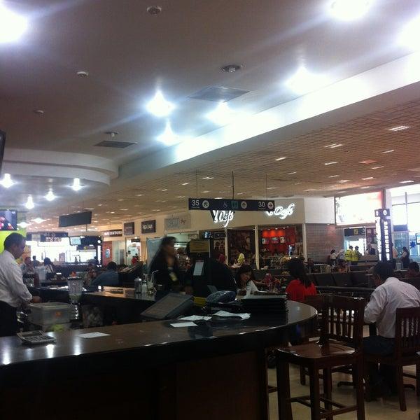 Sala gate 35 puerta de embarque del aeropuerto en mexico for Puerta 6 aeropuerto ciudad mexico