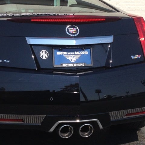 Motor werks cadillac of barrington auto dealership in for Motor werks barrington used cars