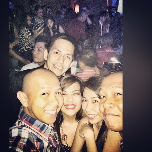 Photo taken at Republiq by Kixie T. on 11/14/2014