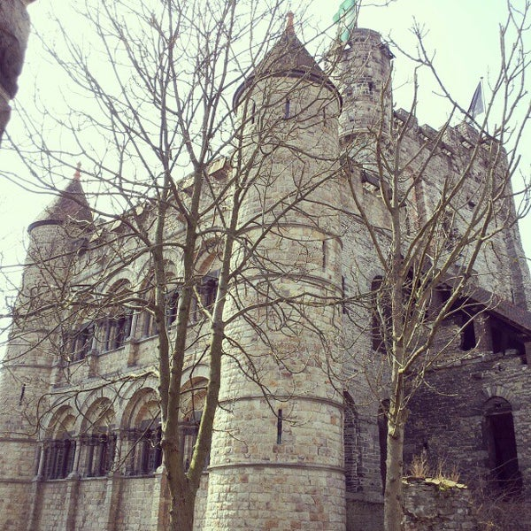 Photo taken at Gravensteen / Castle of the Counts by Rufina S. on 4/7/2013