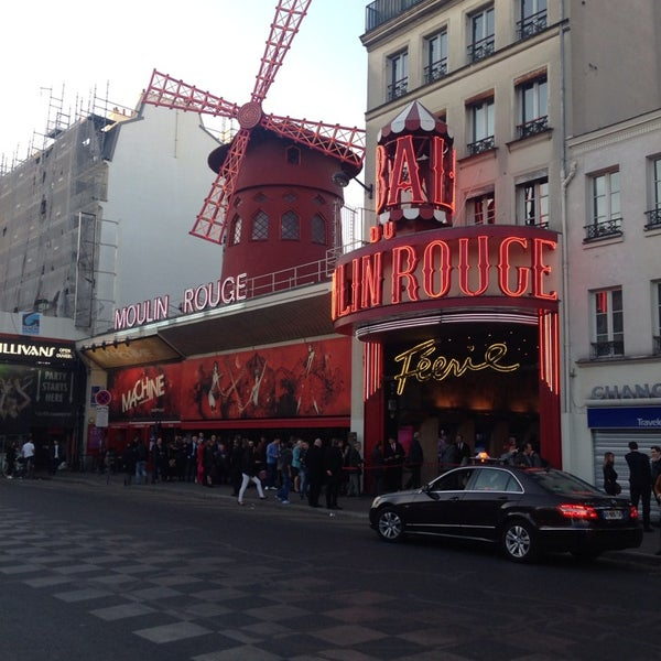 Photo taken at Moulin Rouge by Pierre-Mathis P. on 3/16/2014