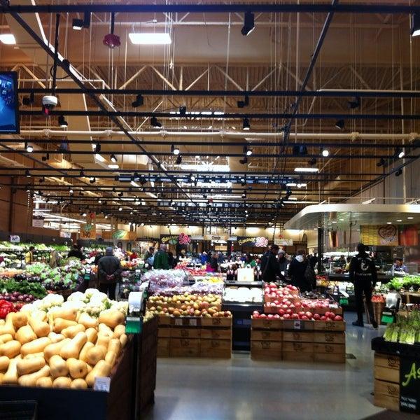 Wegmans grocery store for Food bar wegmans